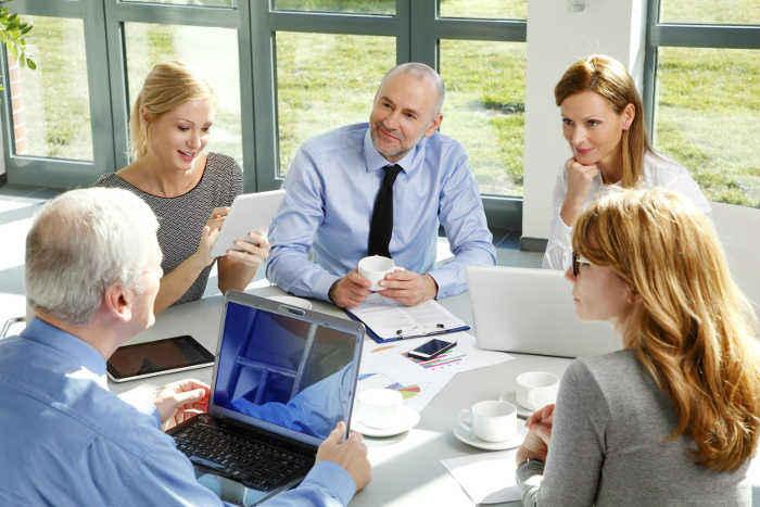 Maximiser l'intelligence collective lors d'une réunion collaborative
