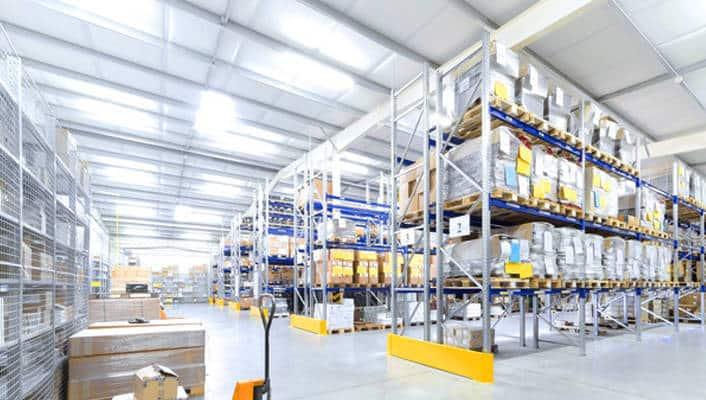 Artisan, commerçant : pour une bonne gestion logistique, pensez aux mini-entrepôts de stockage