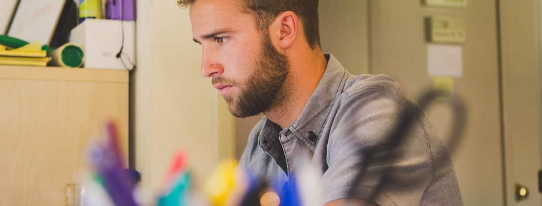 Devenir auto-entrepreneur : avantages et inconvénients