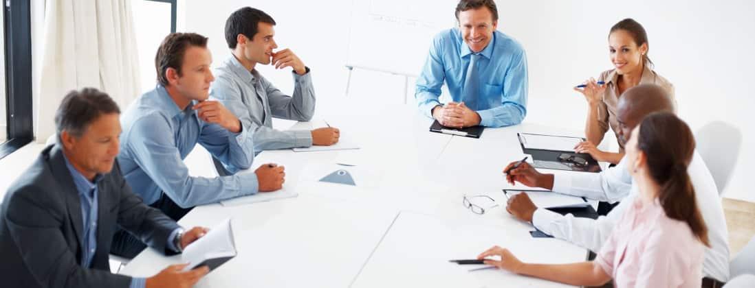 Comment répartir les rôles entre dirigeant et associé ?