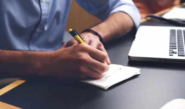 Temps partiel : un seuil minimal de 24h hebdomadaire pour tous les contrats à partir du 1er janvier 2014